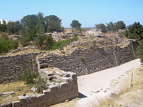 Walls_of_Troy_(2)